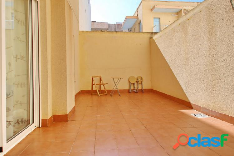 Apartamento a tan solo 100 m de las playas del Cura y de Los