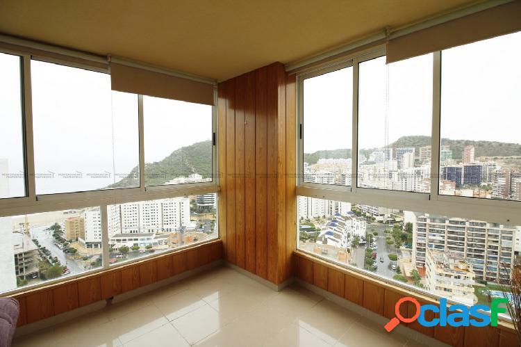 Apartamento con magníficas vistas al mar en la Cala de