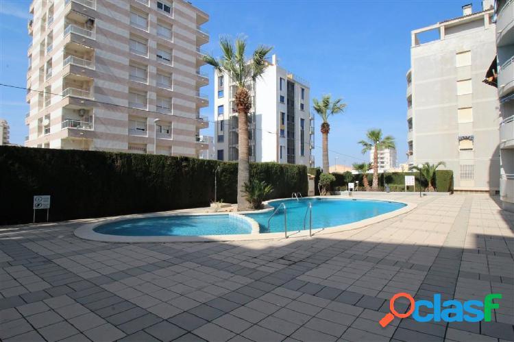 Apartamento con piscina en Torrevieja