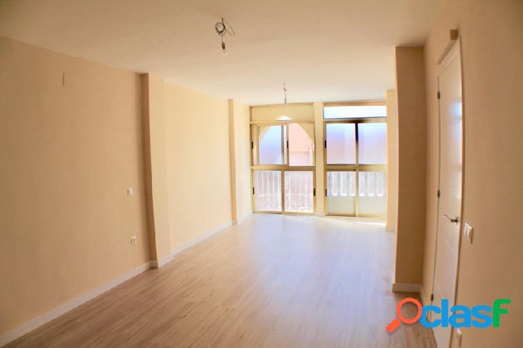 Apartamento de 3 dormitorios en el centro de Benidorm