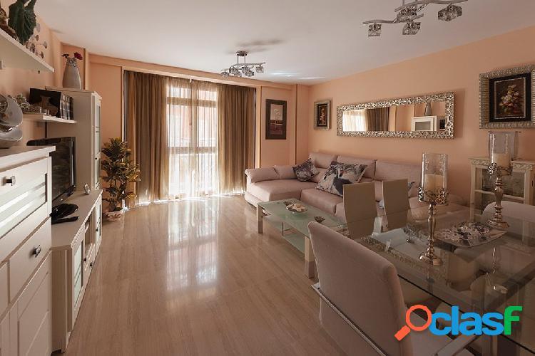 Apartamento de lujo en segunda linea de playa, Fuengirola