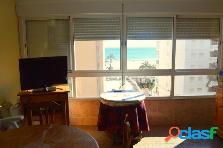 Apartamento en playa San Antonio con vistas al mar