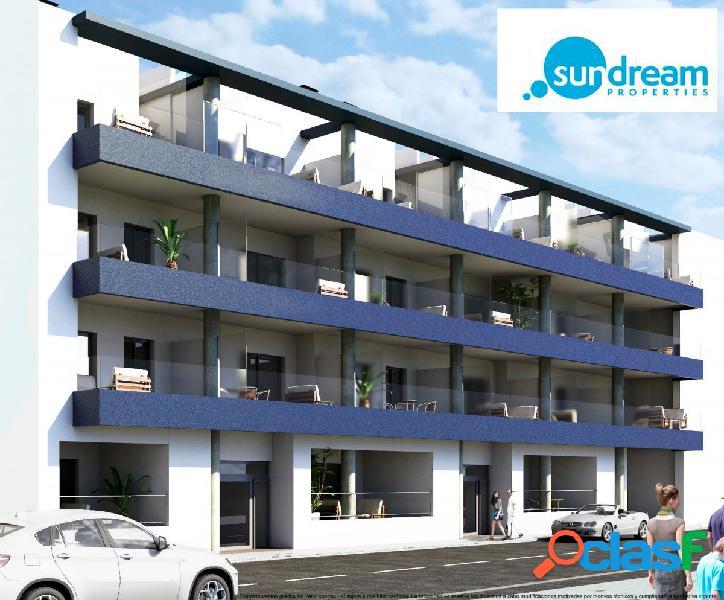 Apartamento planta baja en Torrevieja a solo 70 metros del