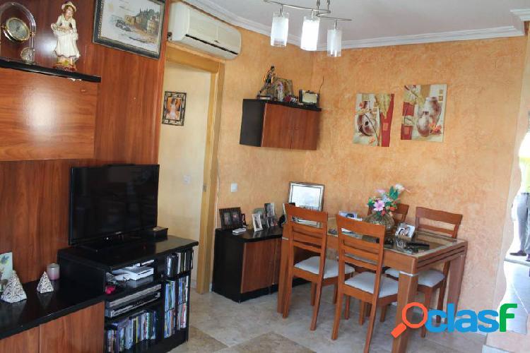 Atico de 4 dormitorios en Colonia Madrid