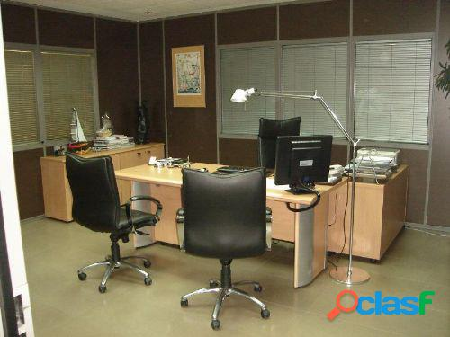 BAJO COMERCIAL CON 150 M2. DE OFICINAS Y RESTO DE ALMACEN