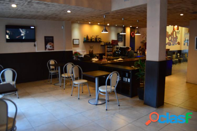 Bar en traspaso centro de Olesa