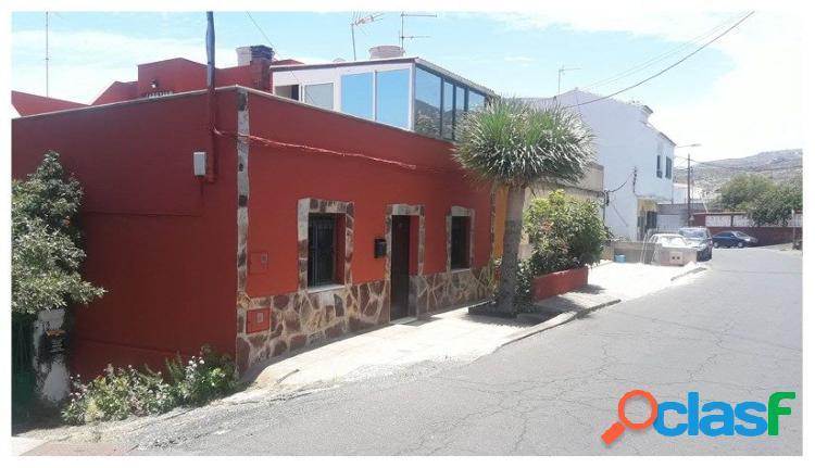 Bonita casa en la urbanización los almendros al lado del