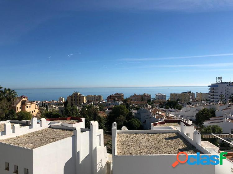 Bonito Piso con vistas al mar en zona Montemar, Torremolinos
