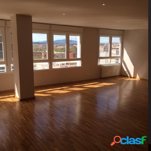 Bonito piso calidades de lujo en el centro de Murcia