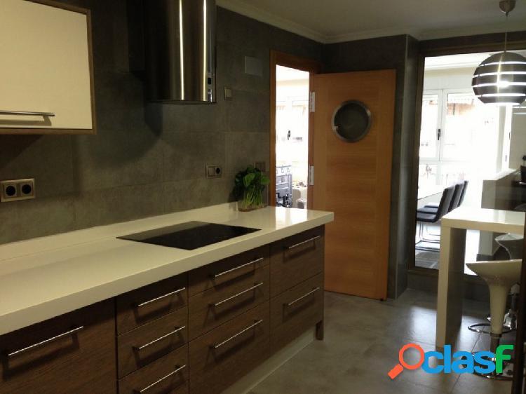 Bonito piso totalmente reformado en Orihuela, zona Avda. de
