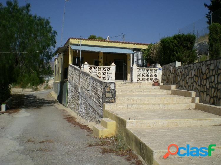 CASA DE CAMPO EN CREVILLENTE (ALICANTE)