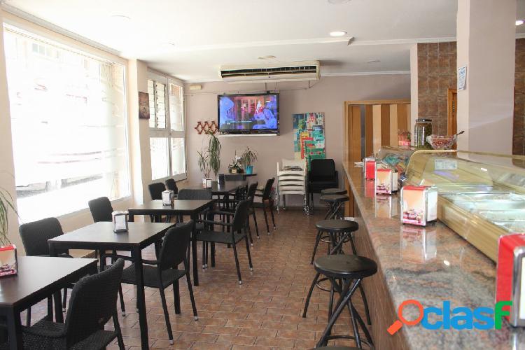 Cafetería o Local Comercial en Elche de 151m2