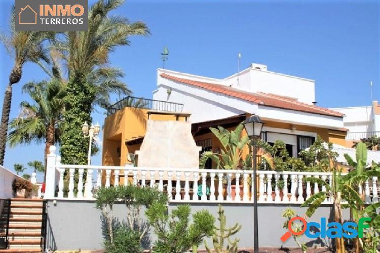 Casa 3 dormitorios en urbanización naturista Bahia de Vera