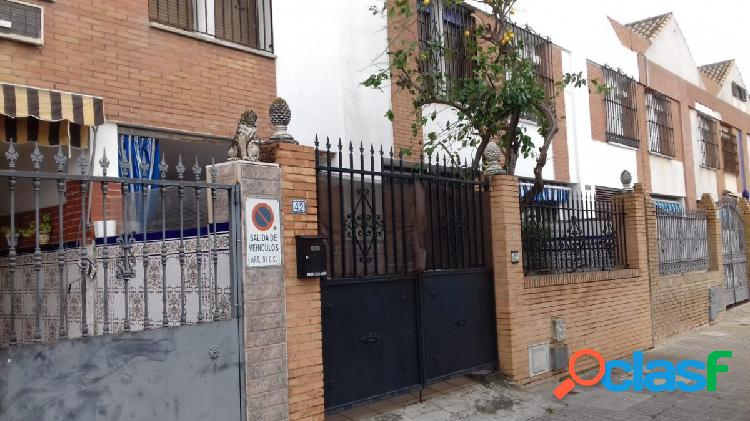 Casa Adosada en Sevilla Este