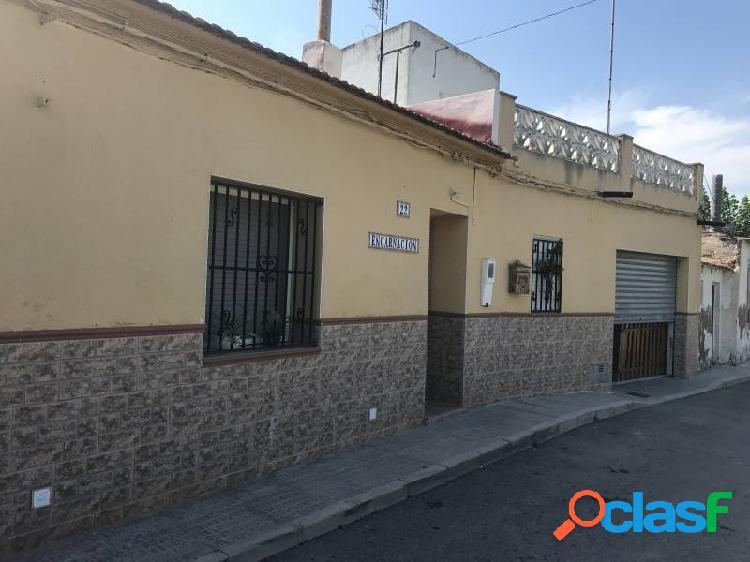 Casa con Terreno en Almoradi- Alicante