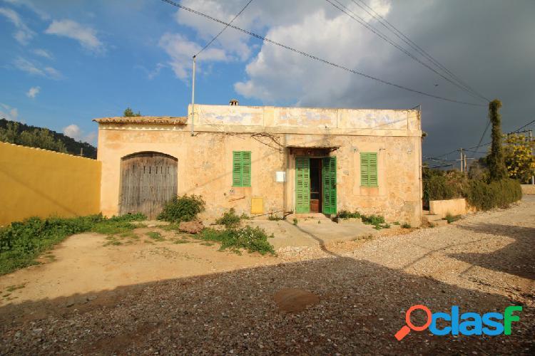 Casa con Terreno en Bunyola para reformar