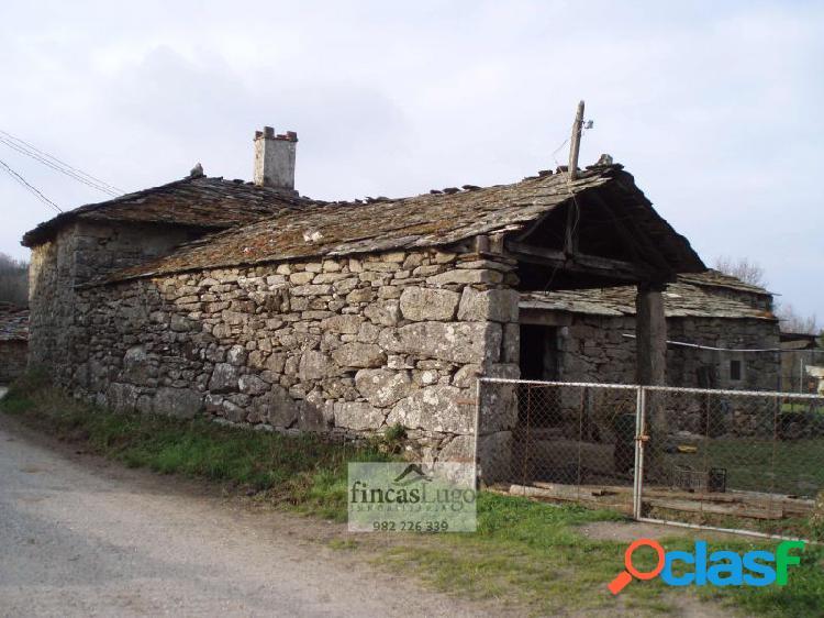 Casa de piedra a rehabilitar