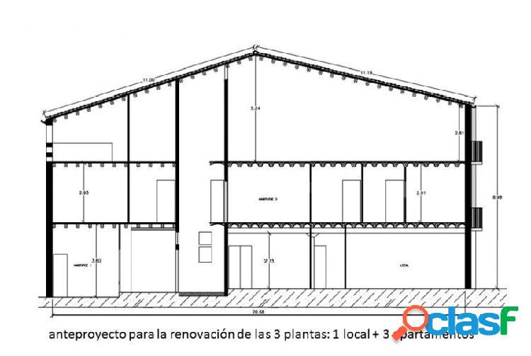 Casa de pueblo de 3 plantas con local, a reformar