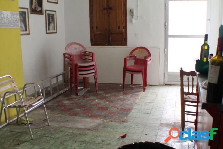 Casa de pueblo en La Nucia para reformar