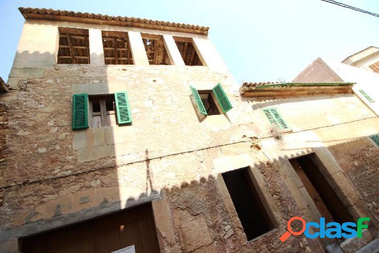 Casa de pueblo en Porreres con proyecto de restauración