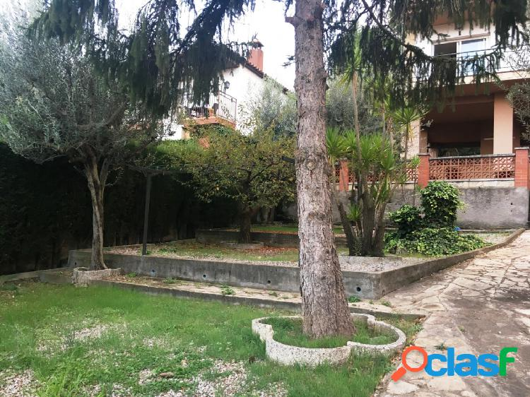 Casa en Can Rial, con vistas impresionantes, grandes