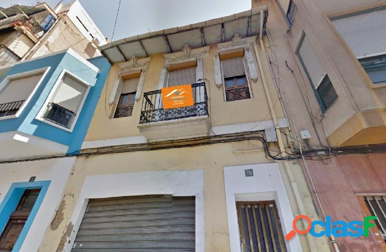 Casa en Carolinas Bajas - Alicante
