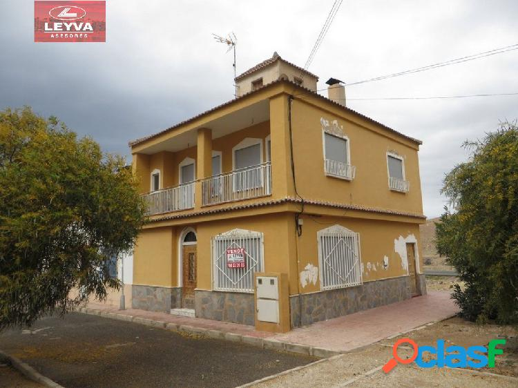 Casa en la zona de Playasol I - 4 dormitorios
