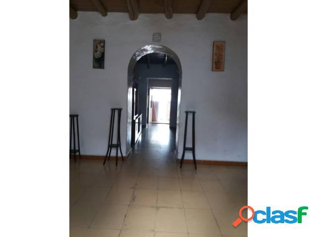 Casa en venta en Almadén de La Plata