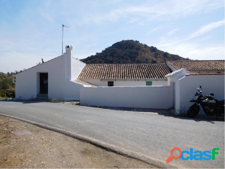 """Casa independiente en """"El Chorro"""""""