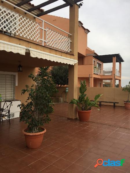 Casa independiente en la zona este de Málaga