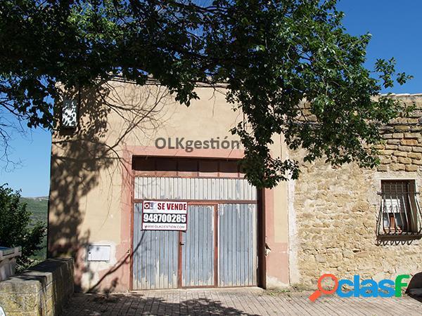 Casa para rehabilitación de vivienda en C/San Miguel, 46.