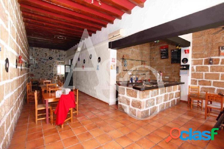 Casa rústica con Restaurante en el Pueblo, Jávea
