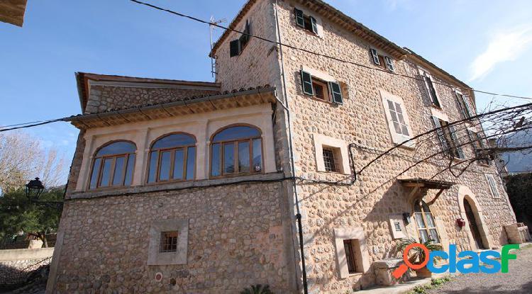 Casa totalmente reformada en zona tranquila soleada Sóller