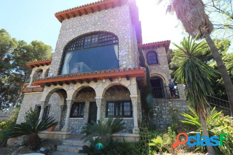 Castillo en Torremolinos 5 habitaciones con vistas al mar y