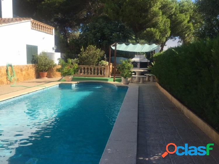 Chalet en Cala Pi con piscina a 30 m. de la Playa