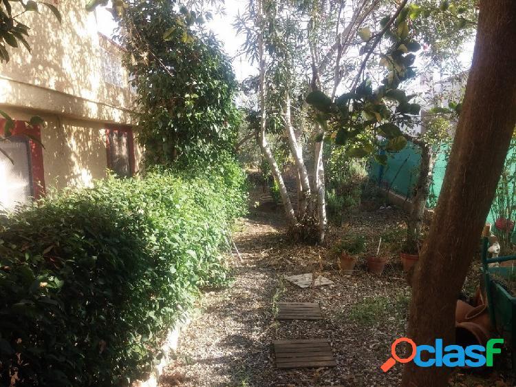 Chalet en venta en Llíria con dos viviendas