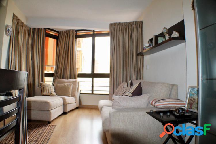 Coqueto apartamento al lado de la playa de Levante.