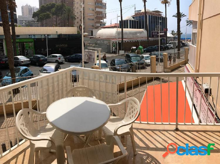 Coqueto apartamento con vistas al mar y en pleno centro de
