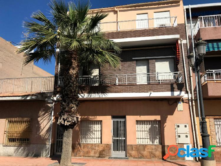 Coqueto apartamento en el centro de Los Alcázares, a tan