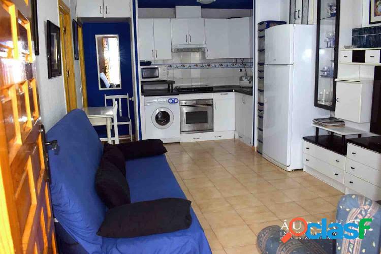 Coqueto bungalow en planta baja en residencial Oasis
