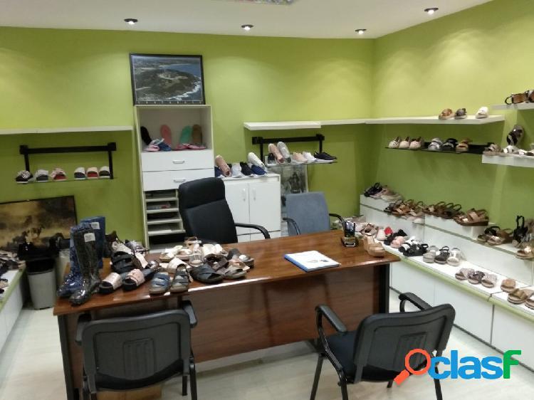 DESPACHO EN PRIMERA PLANTA, CON PLAZAS DE GARAJE INCLUIDAS