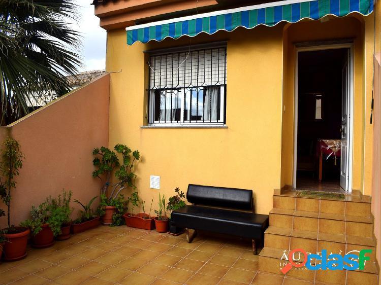 Dúplex de 4 dormitorios en Los Narejos, a menos de 5