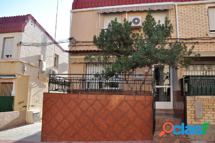 Duplex de tres habitaciones en El Palmar Murcia junto