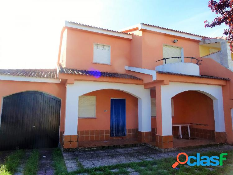 ESTUDIO HOME MADRID OFRECE chalet pareado de 240m2 en Santa