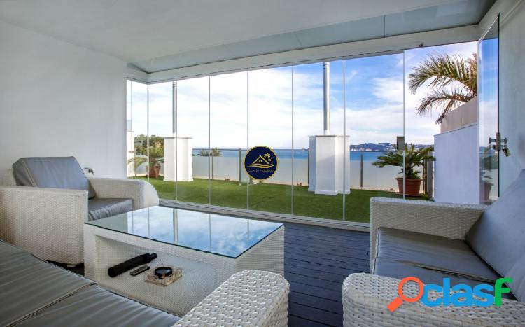EXCLUSIVO Adosado de 270 m2 con TERRAZA y ESPECTACULARES