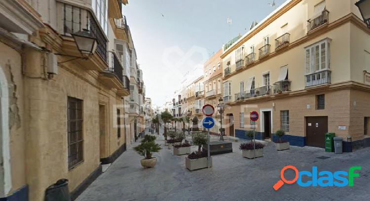 Edificio en el centro de Cádiz