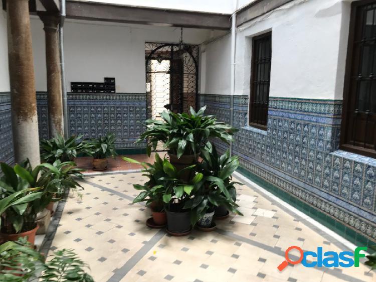 !!Edificio en venta en Centro de Granada!!