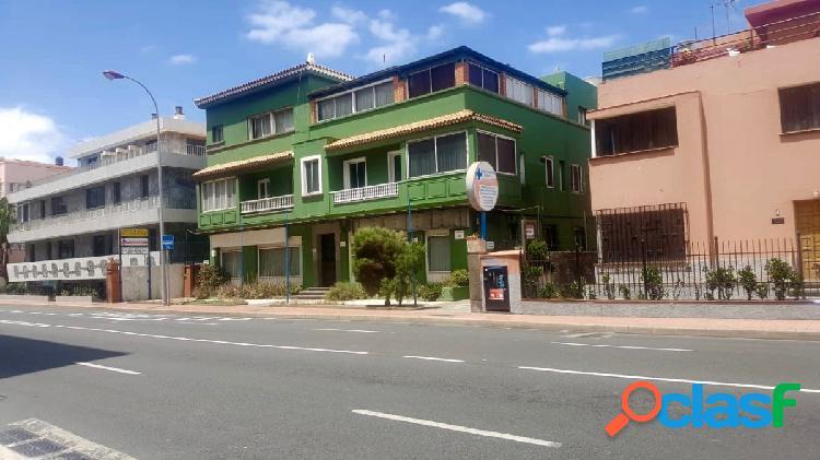 Edificio en venta en Ciudad Jardín - Arenales