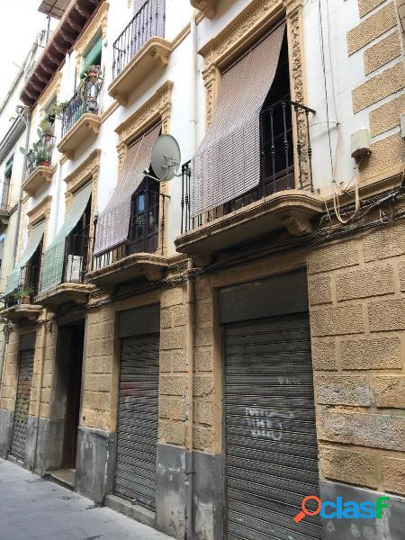 Edificio en venta en el centro de Granada