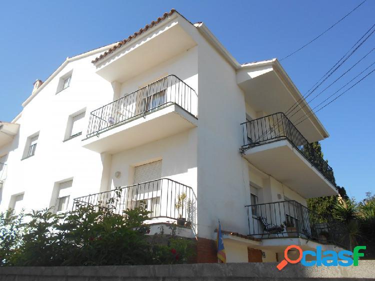 Edificio en venta en zona residencial Vallpineda.